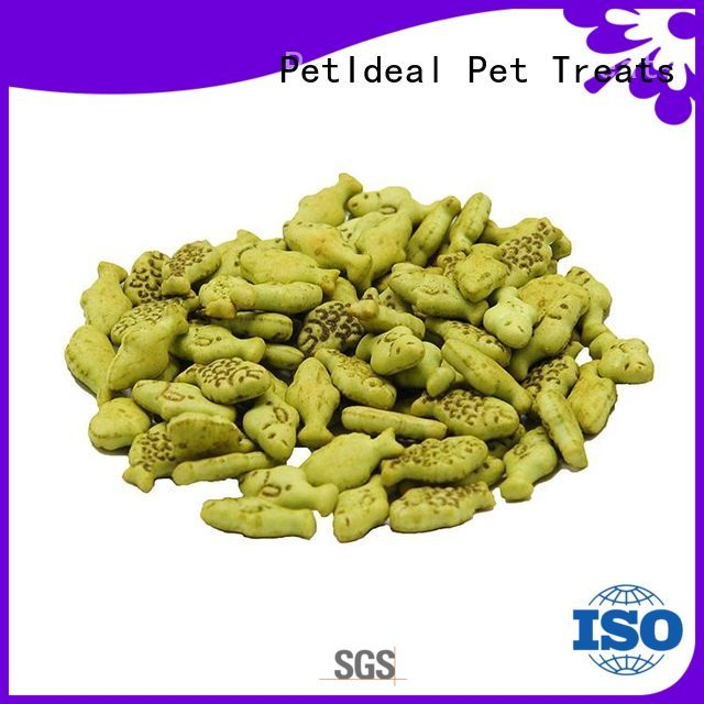 PetIdeal provide diet cat treats you can buy for white cat